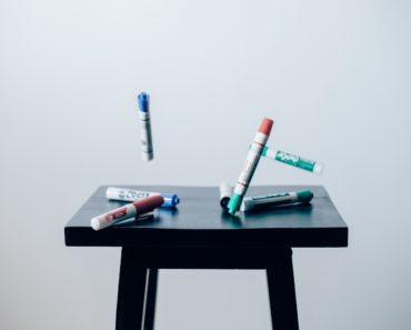 Photo of marker pens by mark rabe on unsplash